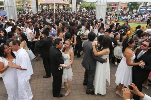 Matrimonio Civil Masivo o matrimonio comunitario