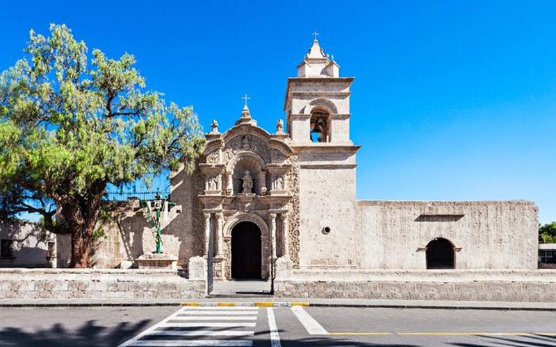 La Iglesia más bonita de Arequipa para contraer matrimonio religioso: San Juan Bautista de Yanahuara