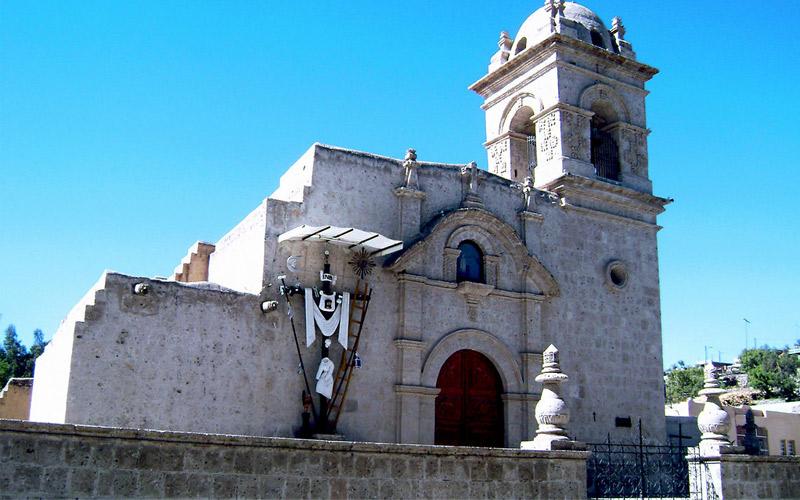 Iglesias de Arequipa donde puedes contraer matrimonio